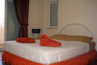 Ref: TR-07330-06 3 Bedrooms Price
