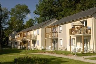 Residence-Club Le Hameau du Lac Rignac Midi-Pyrenees France