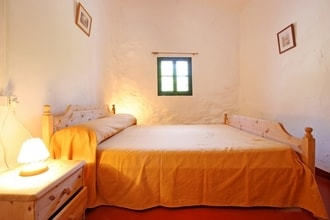 Ref: ES-07740-02 3 Bedrooms Price
