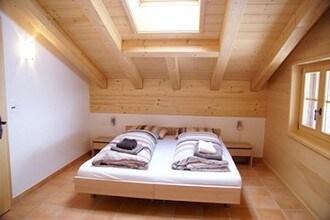 Ref: CH-3818-16 4 Bedrooms Price