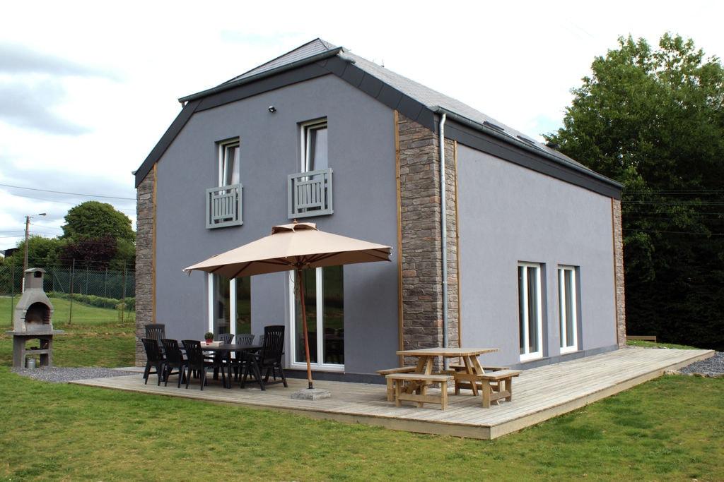 Gezellige, ruime en comfortabele woning met sauna, tuin en speeltoestellen - Boerderijvakanties.nl