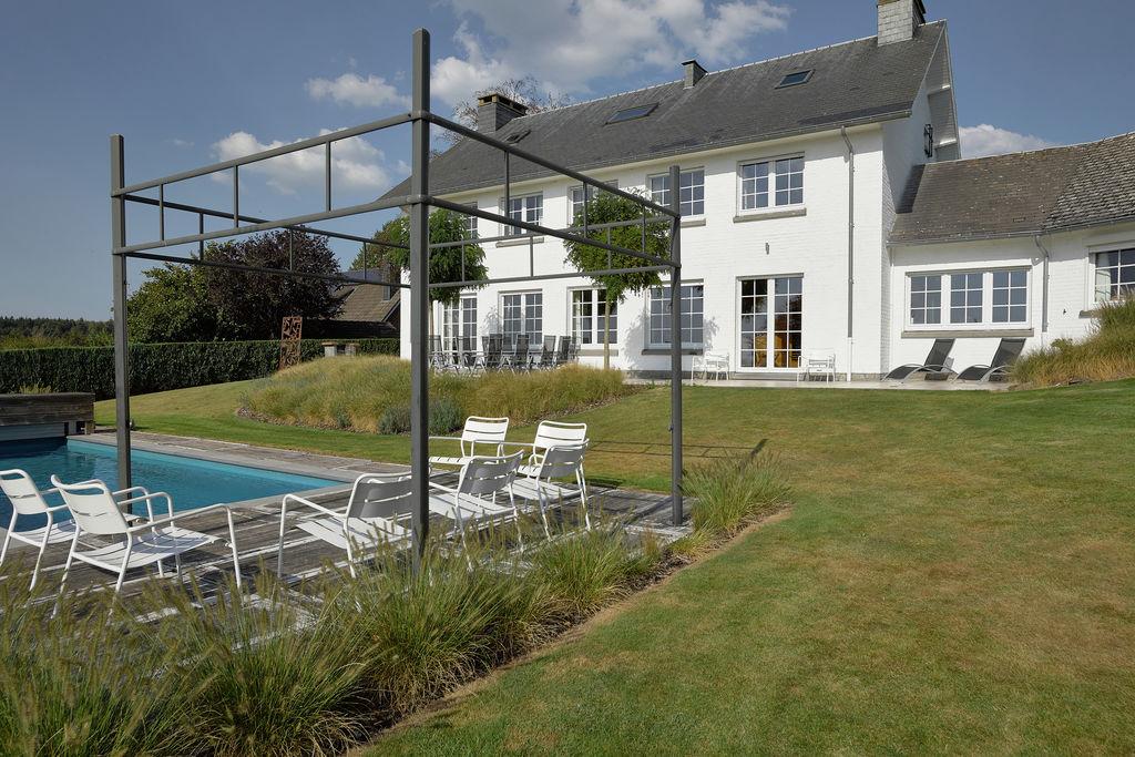 Theux- Villa met zwembad  met wifi te huur