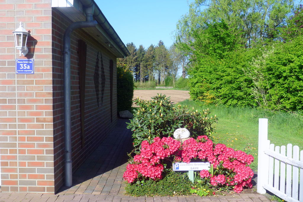Modern appartement in het Weserbergland met eigen ingang en tuin - Boerderijvakanties.nl