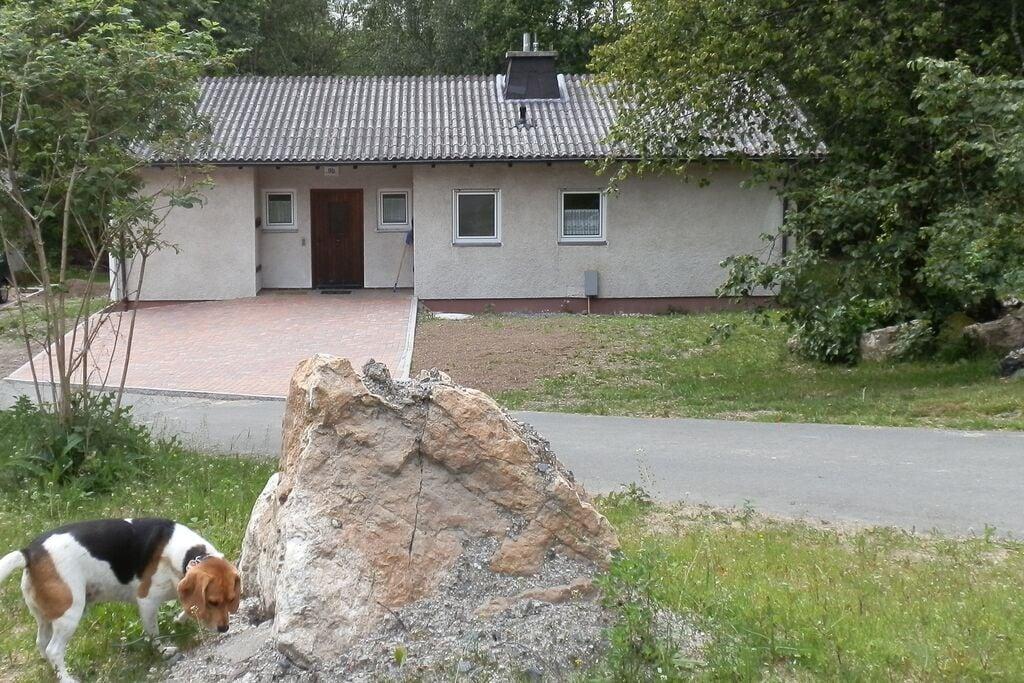 Vrijstaande vakantiewoning vlak bij het water in Fichtelberg - Boerderijvakanties.nl
