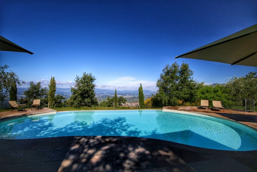 Mooie villa in Loro Ciuffenna met openluchtzwembad - Boerderijvakanties.nl