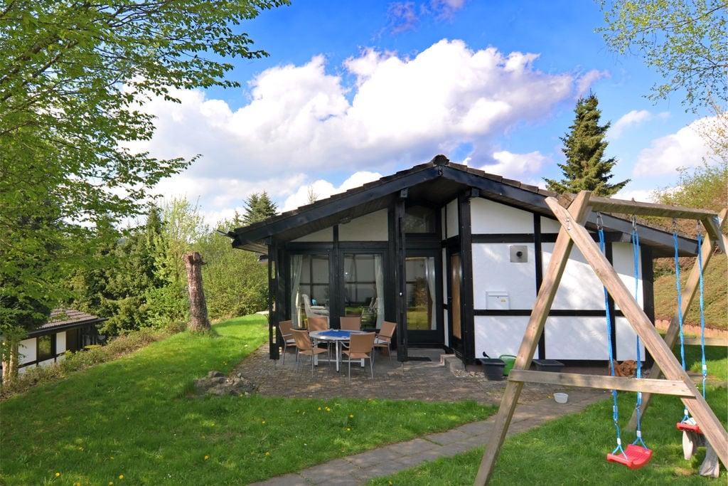 Vrijstaand vakantiehuis in Sauerland met een grote privétuin - Boerderijvakanties.nl
