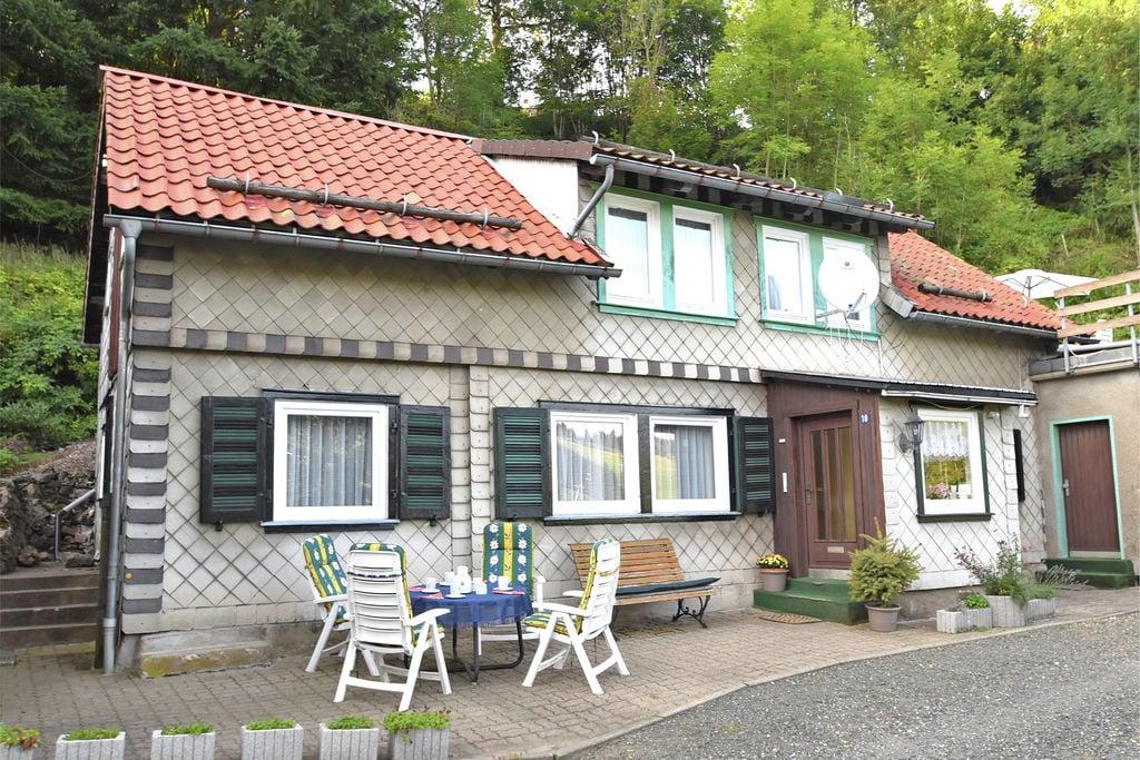 Grote vakantiewoning in de buurt van Braunlage met houtkachel en en dakterras - Boerderijvakanties.nl