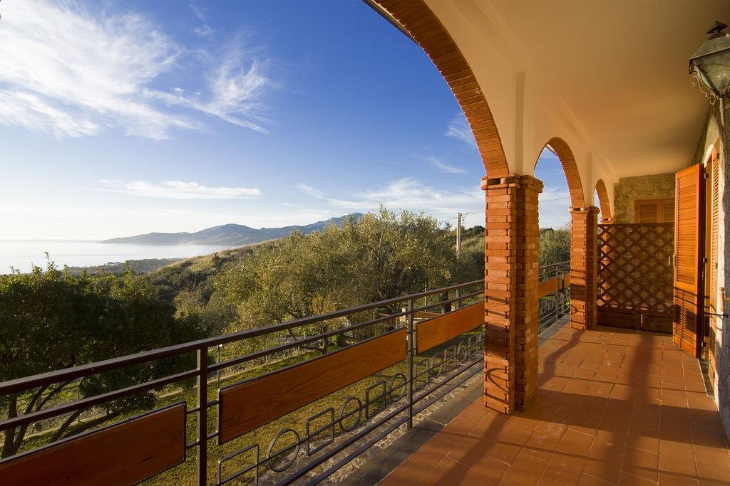 Vakantiewoningen Campania te huur Ascea-Marina- IT-84046-08   met wifi te huur