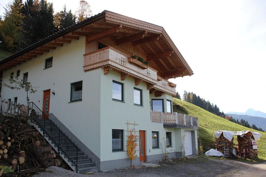 Leuk appartement in Tirol met uitzicht over het Zilltertal - Boerderijvakanties.nl
