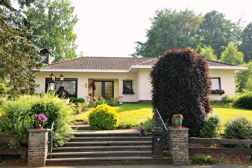 Rustig gelegen villa met fitness, sauna, zonnebank, jacuzzi en massagedouches - Boerderijvakanties.nl