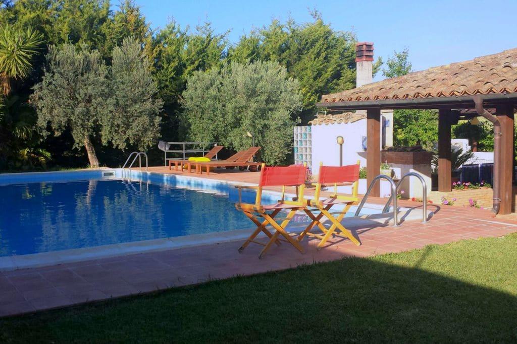 Caltagirone- Vakantiewoning met zwembad  met wifi te huur