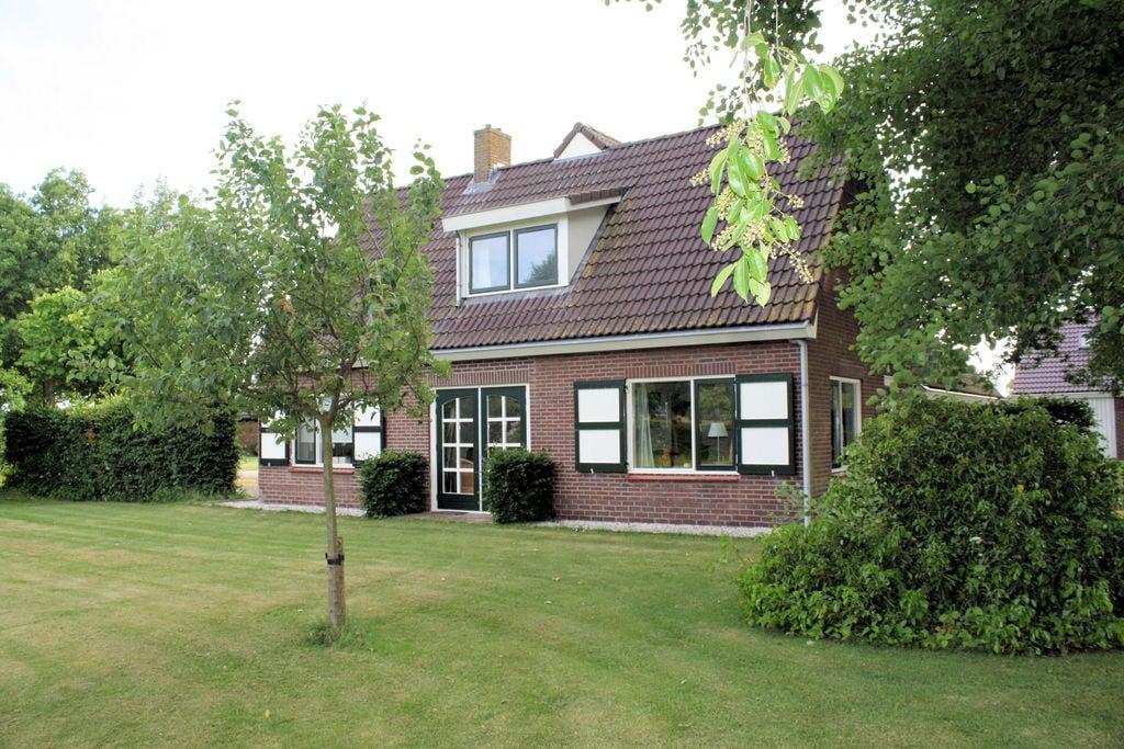 Vrijstaande, sfeervolle boerderij met grote tuin en privacy bij Dalfsen - Boerderijvakanties.nl