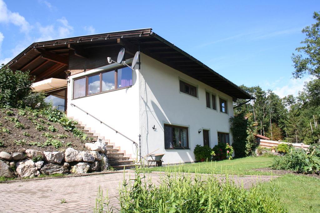 Comfortabel appartement in Hopfgarten met sauna en terras - Boerderijvakanties.nl