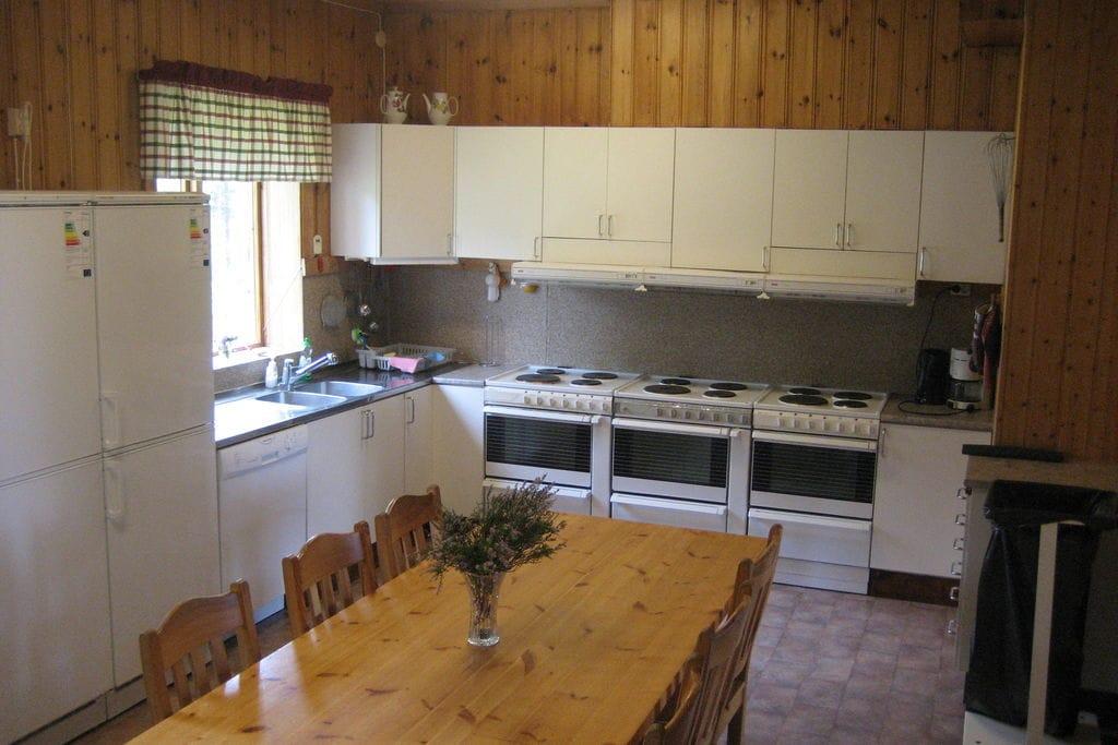 Prachtige aan de bosrand gelegen herenboerderij met vele faciliteiten - Boerderijvakanties.nl