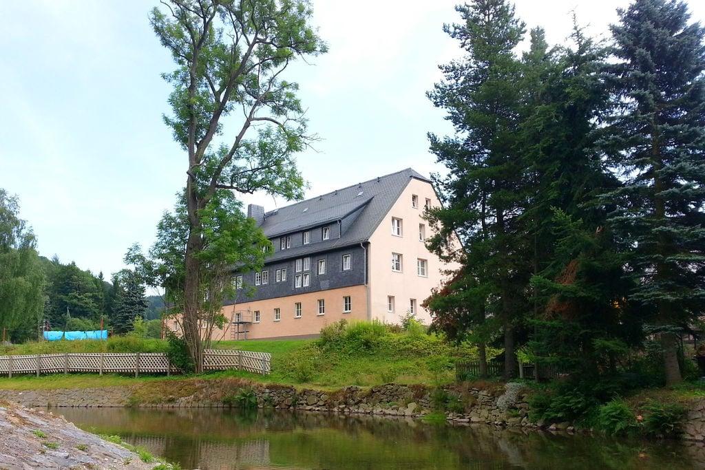 Modern appartement in Saksen met een gedeelde tuin - Boerderijvakanties.nl