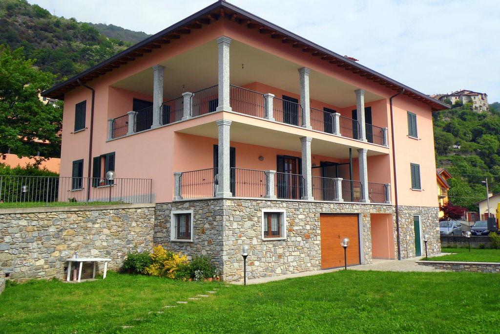 Appartement huren in Italiaanse Meren -   met wifi  voor 4 personen  Twee-kamer appartement (gebouwd in..