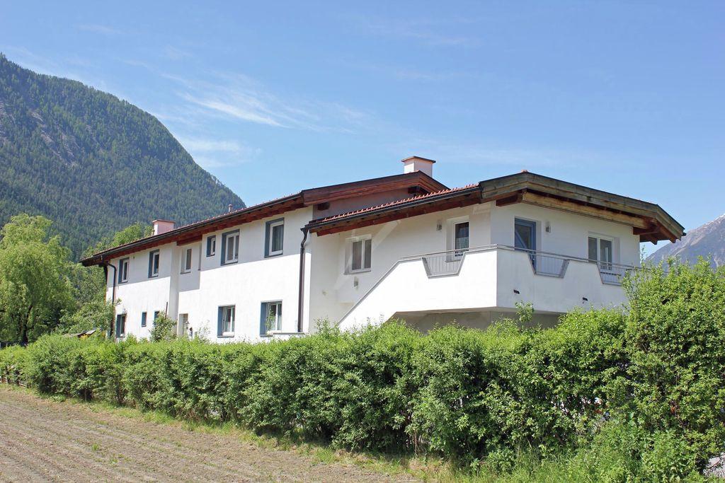 Luxe appartement in Tirol op een rustige locatie - Boerderijvakanties.nl