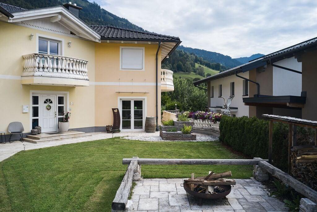 Moderne vakantiewoning in Salzburgerland met terras - Boerderijvakanties.nl