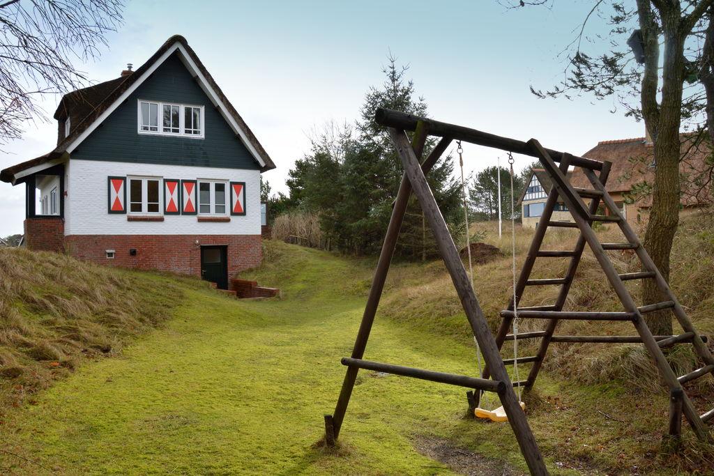 Buren- Villa  nabij Strand met wifi te huur