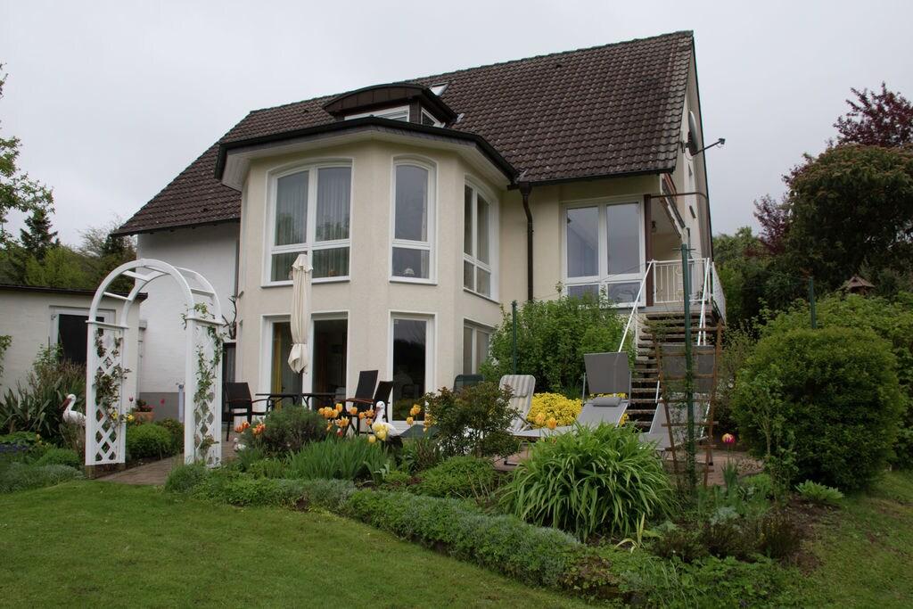 Horn-Bad-Meinberg-(Bellenberg)- Appartement   met wifi te huur