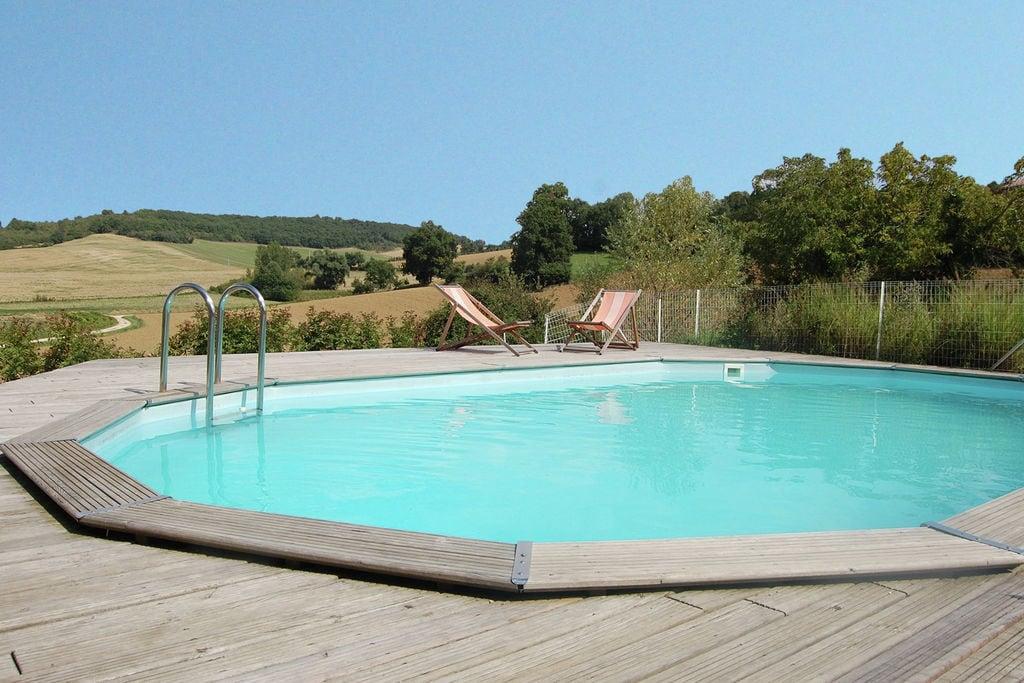 Mooi vakantiehuis in Montadet, Frankrijk, met privétuin - Boerderijvakanties.nl