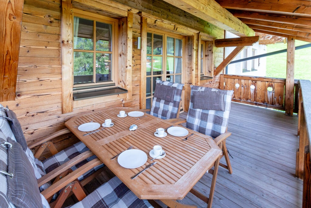 Panorama Chalet 16
