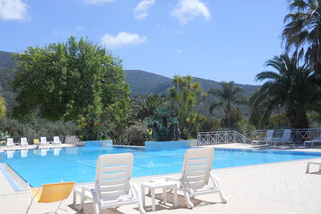 Palinuro-(sa)- Vakantiewoning met zwembad  met wifi te huur