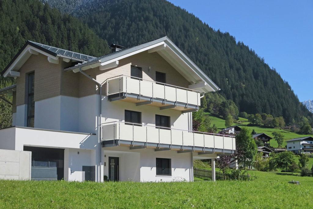 Comfortabel appartement in Vorarlberg met terras - Boerderijvakanties.nl