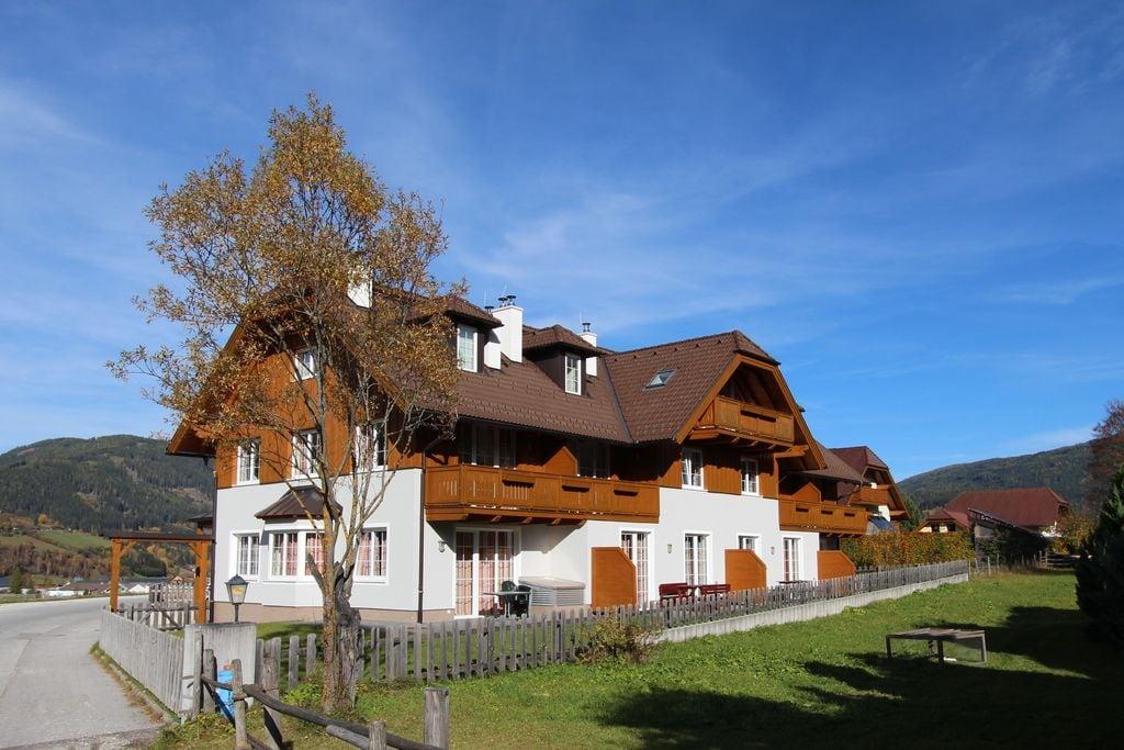 Modern herenhuis met tuin in Salzburg, Oostenrijk - Boerderijvakanties.nl
