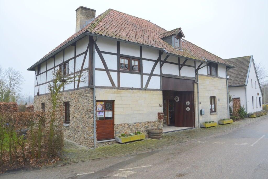 Mooi vakwerkhuis met tuin op het zuiden, rustige ligging en vlakbij Valkenburg - Boerderijvakanties.nl