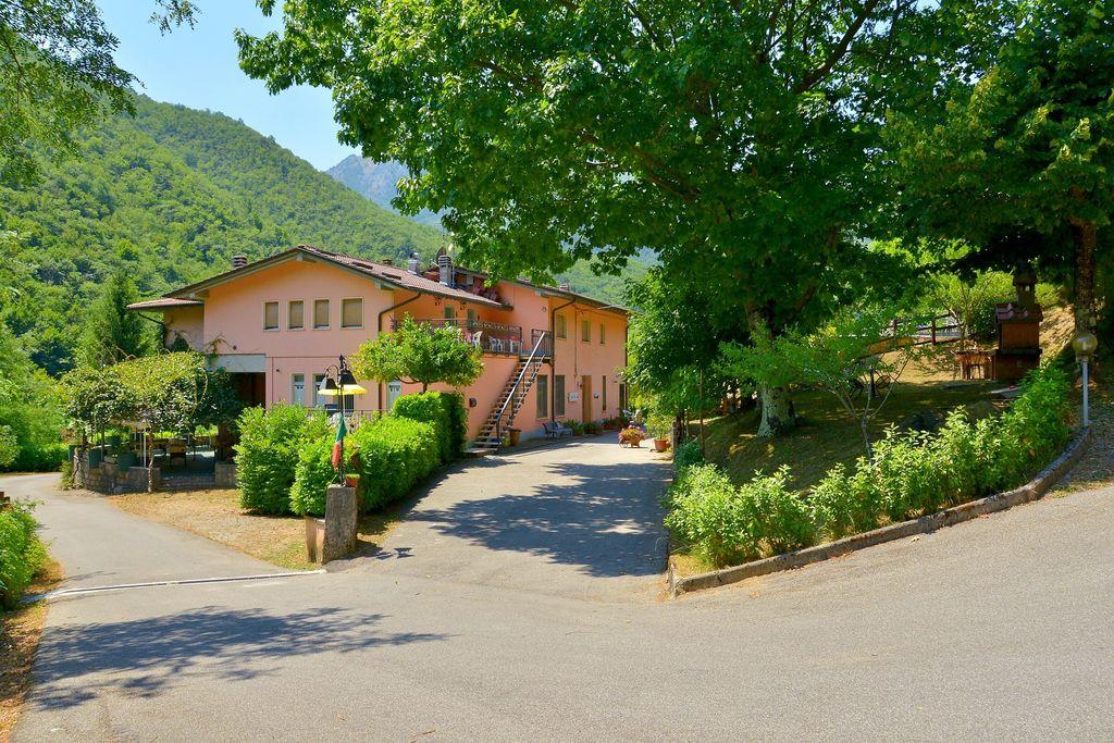 Rustig gelegen vakantiewoning in Lucca met een zwembad - Boerderijvakanties.nl
