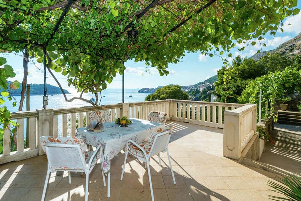 Dubrovnik- Vakantiewoning  nabij Strand met wifi te huur