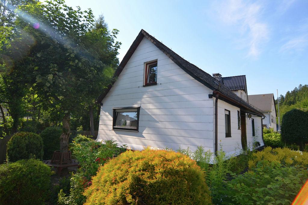 Ruime woning in Hesse met privéterras - Boerderijvakanties.nl