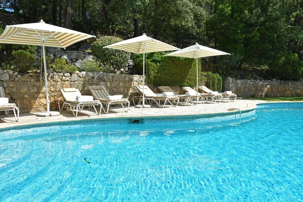 Authentieke villa in Callas, Frankrijk, met privézwembad - Boerderijvakanties.nl