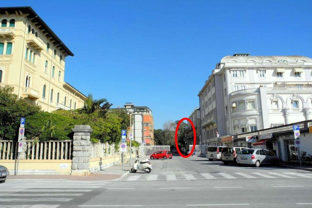 Viareggio- Appartement  nabij Strand met wifi te huur
