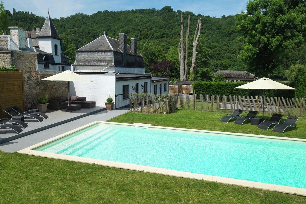 Sfeervol vakantiehuis aan de Maas met buitenzwembad - Boerderijvakanties.nl