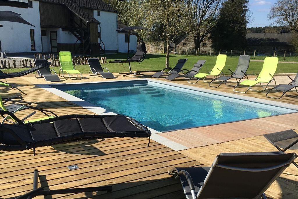 Ruime groepswoning in de Ardennen met zwembad - Boerderijvakanties.nl
