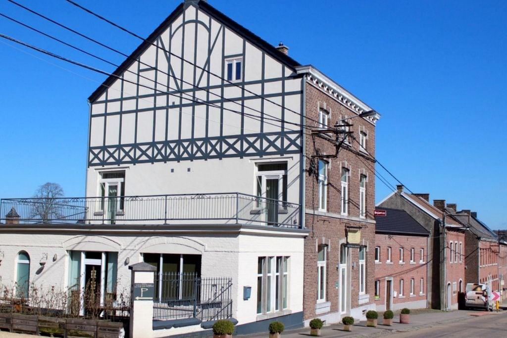 Vakantiewoning huren in Limburg -   met wifi  voor 20 personen  Herberg Voer en Herve is een ruime..