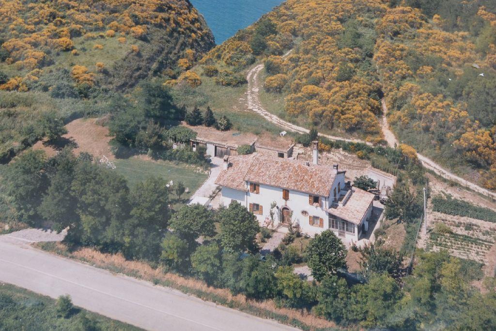 Villa uit 1831 in natuurrijke omgeving, strategische ligging voor uitstapjes - Boerderijvakanties.nl