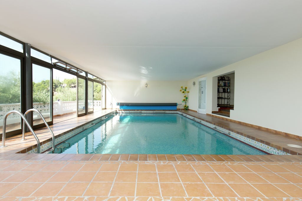 Ruime vrijstaande villa aan de Costa Blanca met verwarmd zwembad en mooi uitzicht - Boerderijvakanties.nl