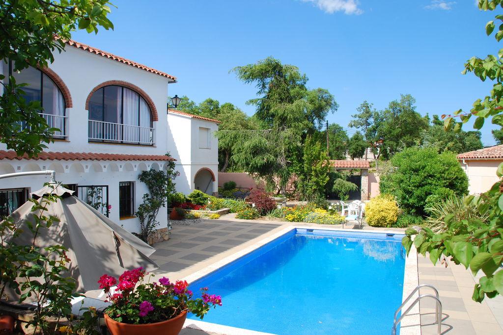Lloret-de-mar-(girona)- Villa met zwembad  met wifi te huur