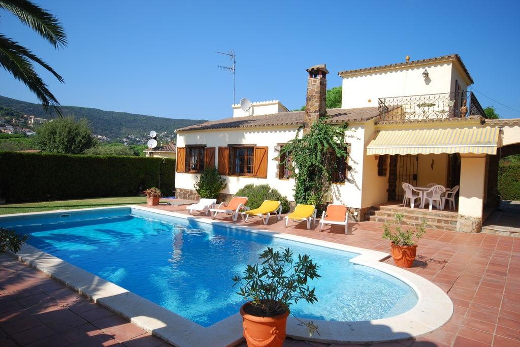 Vredige villa in Calonge, Spanje met zwembad - Boerderijvakanties.nl