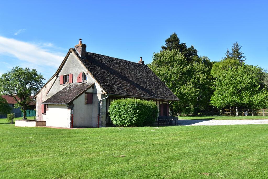 Authentiek huis op royaal landgoed (5 ha) met meertje voor vissen en zwemmen - Boerderijvakanties.nl