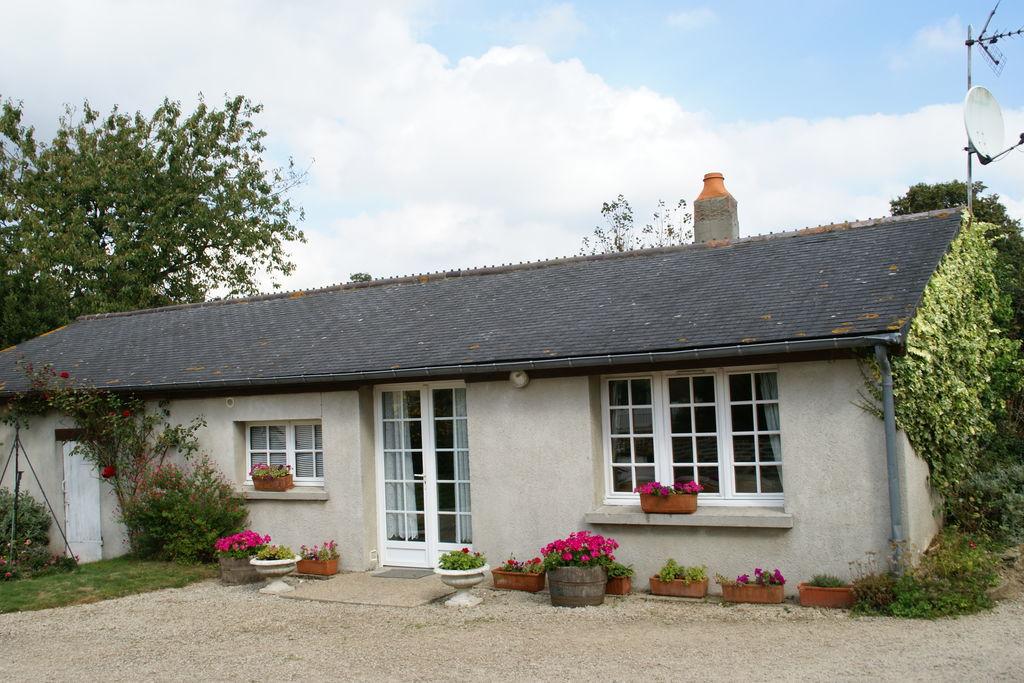 Comfortabel vakantiehuis in Montaigu-la-Brisette met tuin - Boerderijvakanties.nl