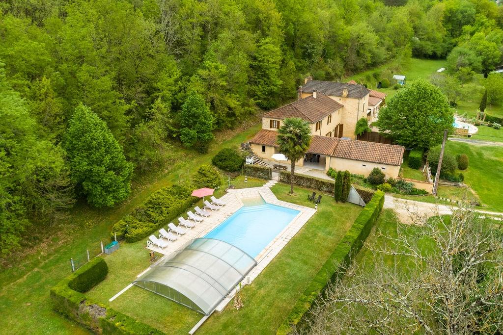 Ruim vakantiehuis in Aquitaine, dicht bij het meer - Boerderijvakanties.nl