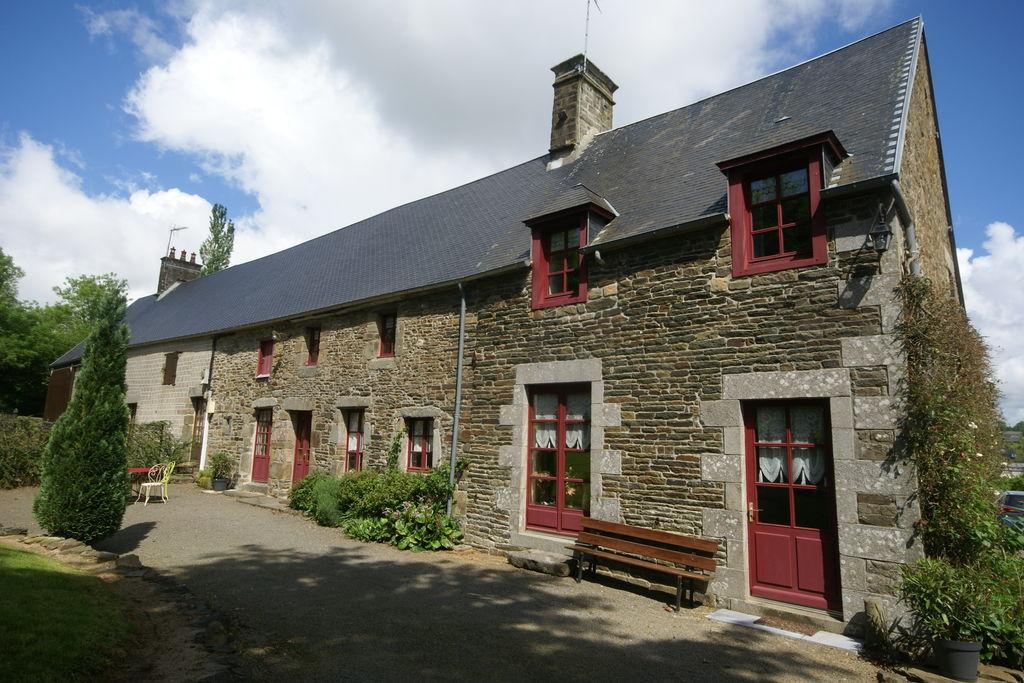 Comfortabel vakantiehuis in La Marche met een omheinde tuin - Boerderijvakanties.nl