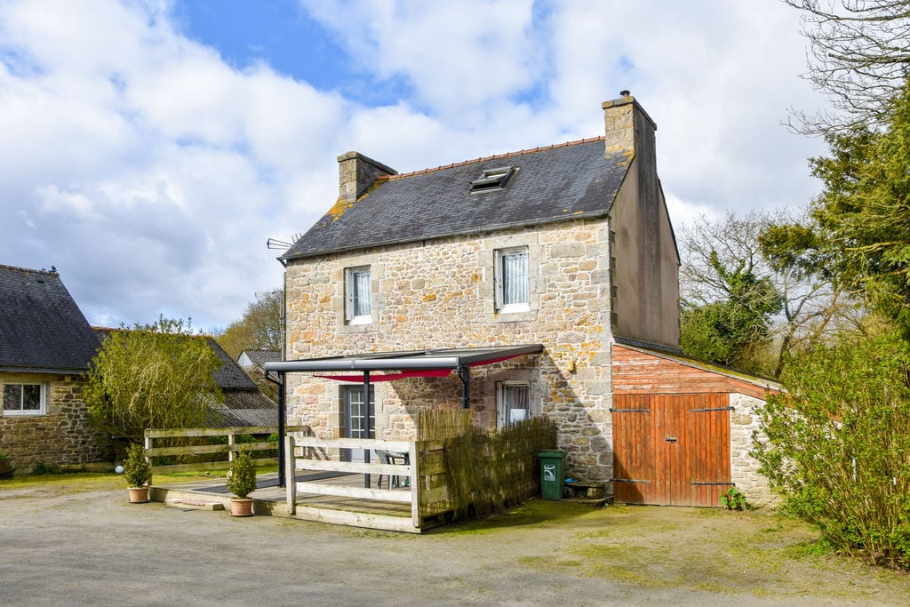 Mooi huis met modern interieur op 25 minuten van de stranden van Bretagne - Boerderijvakanties.nl