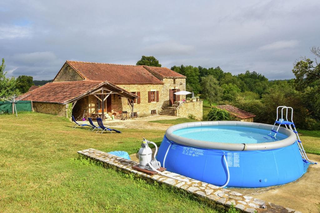 Heerlijk authentiek vakantiehuis met zwembad en een fijne tuin . - Boerderijvakanties.nl