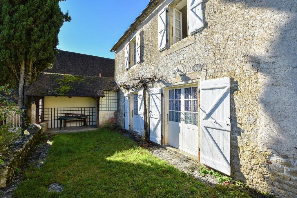 Ruim vakantiehuis in Zuid-Frankrijk met privétuin - Boerderijvakanties.nl