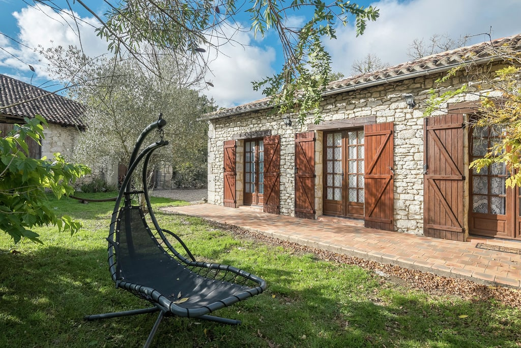 Karakteristiek vakantiehuis, verwarmd zwembad, nabij Bergerac en wijnroutes - Boerderijvakanties.nl